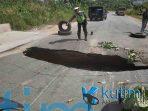 Hati hati Jalan Poros Sangatta Bontang KM 7 Ambles Kutim Post