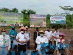 Pencanangan Gerakan Pemanfaatan Lahan dan Pekarangan Oleh Bupati Kutim Ismunandar tahun 2020