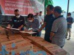Kaltim Prima Coal Salurkan Bantuan Ke Pemkab Kutim Untuk Korban Banjir di 8 kecamatan di Kutim